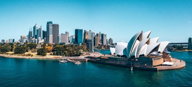 Centro de negocios de Sydney alrededor del puerto