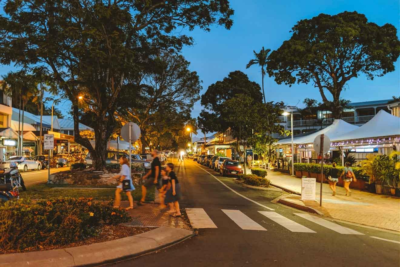 cosas que hacer en la calle Macrossan en Port Douglas