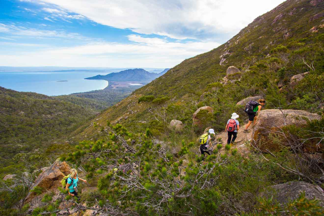 Great Walks of Australia freycinet national park monte escalada