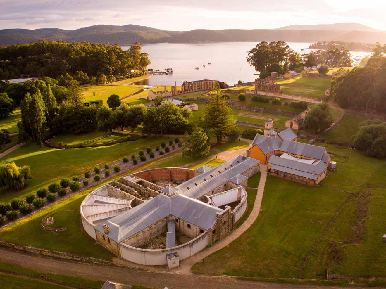 Vista aérea del sitio histórico de Port Arthur Tasmania