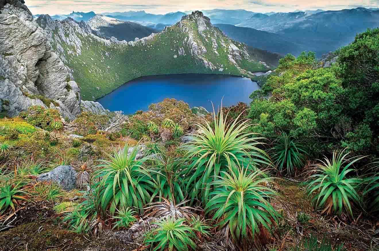 Lago Oberon Western Arthur Range Tasmania atracción turística