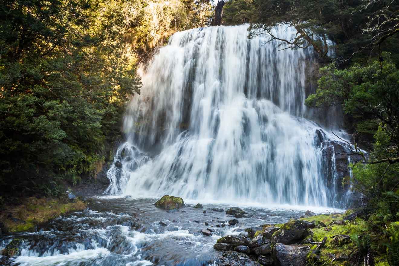 Velo nupcial Falls Overland track Atracción