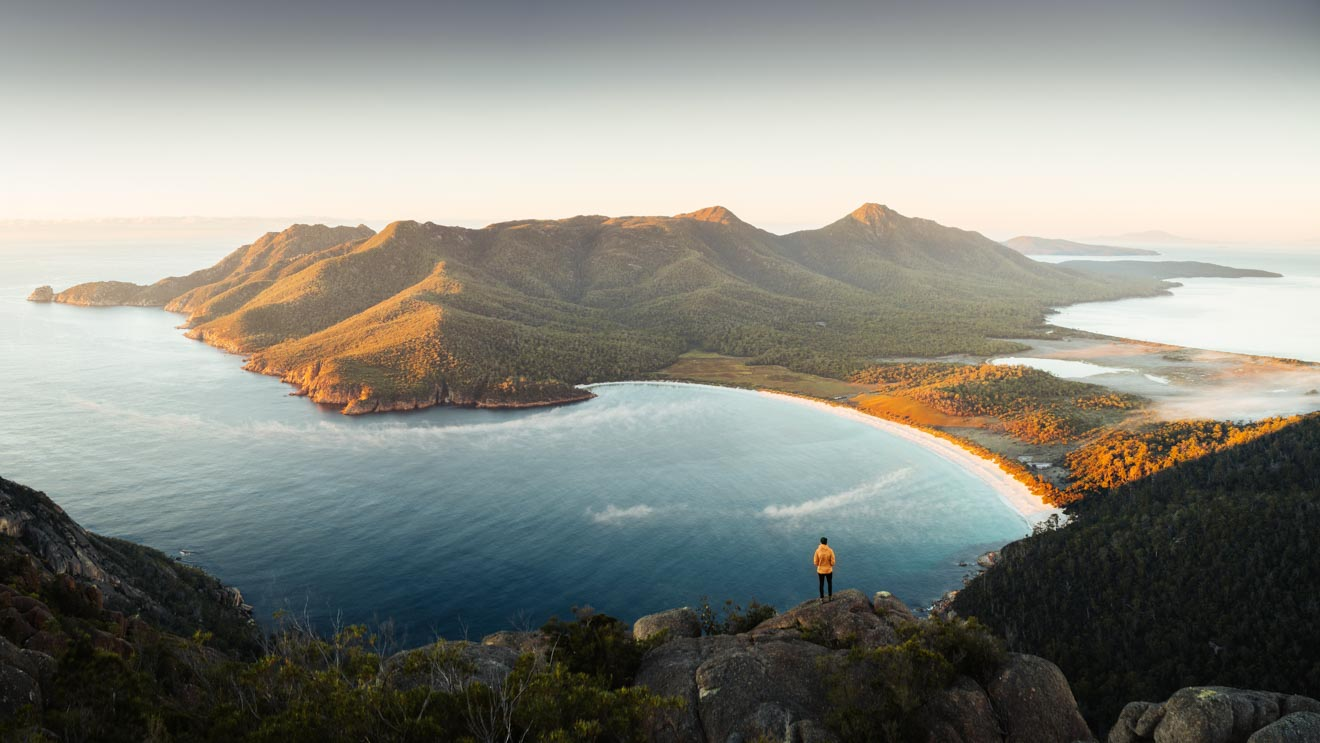 Wineglass Bay Tasmania montaña