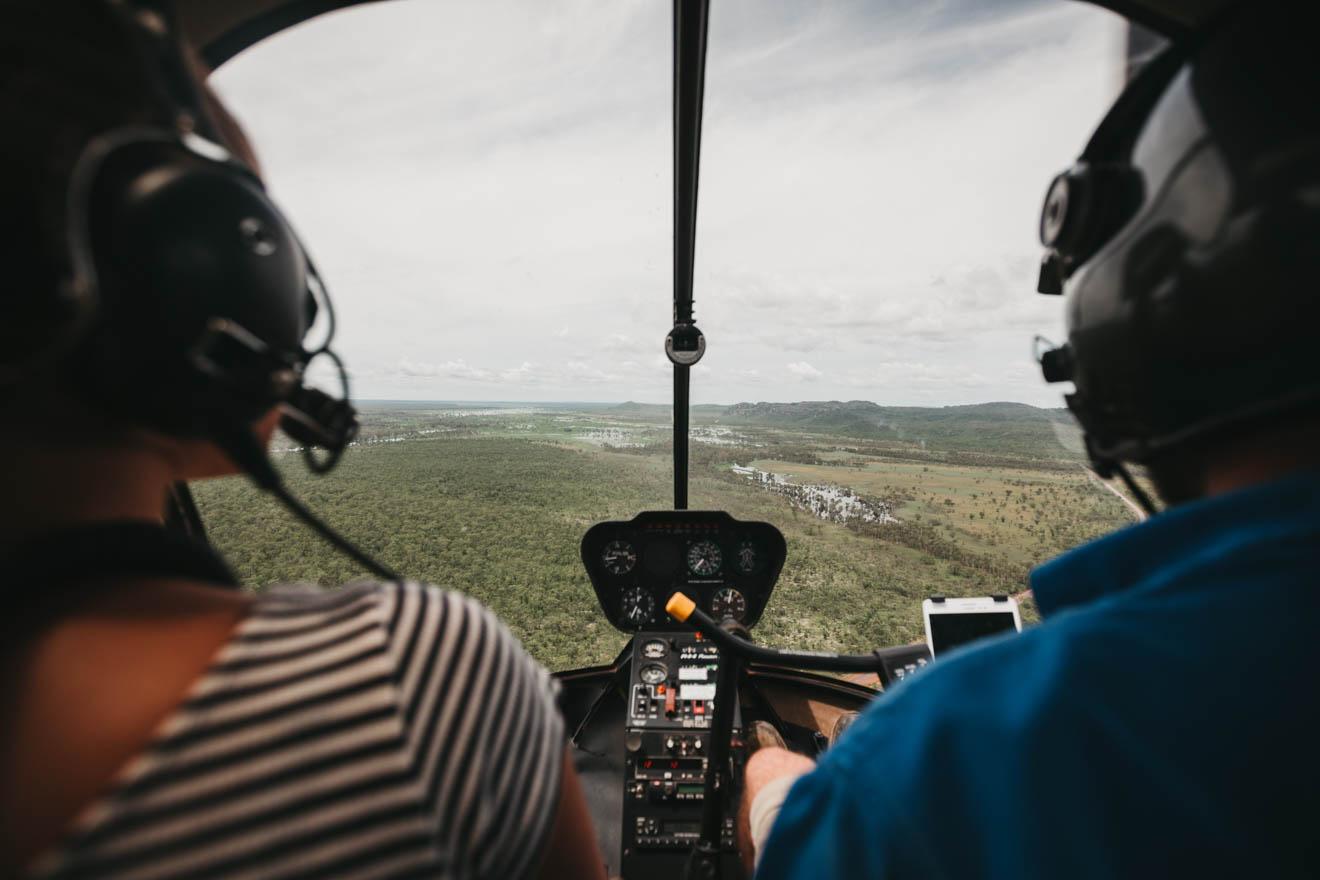 Vuelo panorámico en helicóptero Qué hacer en el Parque Nacional Kakadu Turismo