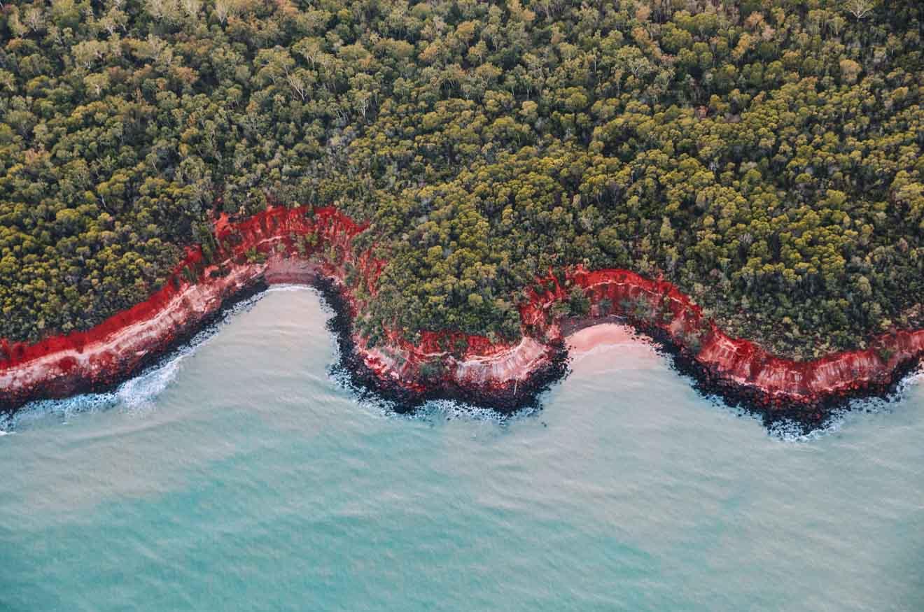 qué hacer en Rainbow Beach en Tiwi Islands Excursiones de un día desde Darwin