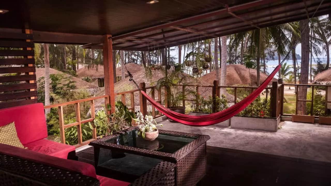"""Baan Manali Resort Phangan """"class ="""" wp-image-53813 """"srcset ="""" https://infocarto.es/wp-content/uploads/2020/11/1605891389_128_Donde-alojarse-en-Koh-Phangan.jpg 1280w, https: // falta de turismo. com / wp-content / uploads / 2020/11 / Baan-Manali-Resort-200x113.jpg 200w, https://misstourist.com/wp-content/uploads/2020/11/Baan-Manali-Resort-200x113@2x .jpg 400w, https://misstourist.com/wp-content/uploads/2020/11/Baan-Manali-Resort-660x371.jpg 660w, https://misstourist.com/wp-content/uploads/2020/11 /Baan-Manali-Resort-210x118.jpg 210w, https://misstourist.com/wp-content/uploads/2020/11/Baan-Manali-Resort-320x180.jpg 320w, https://misstourist.com/wp -content/uploads/2020/11/Baan-Manali-Resort-400x225@2x.jpg 800w, https://misstourist.com/wp-content/uploads/2020/11/Baan-Manali-Resort-210x118@2x. jpg 420w, https://misstourist.com/wp-content/uploads/2020/11/Baan-Manali-Resort-320x180@2x.jpg 640w """"tamaños ="""" (ancho máximo: 1280px) 100vw, 1280px"""